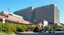 Der Patient liegt im Universitätsspital Lausanne.