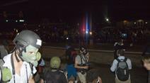 Die Proteste flauten in der Nacht ab. (Symbolbild)