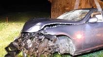 Der Fahrzeuglenker verletzte sich mit viel Glück nur leicht.