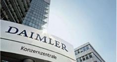 Daimler stockt auf.