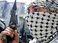 Am Vortag hatten Anhänger der Al-Aksa-Brigaden Morddrohungen gegen Hamas-Funktionäre ausgestossen.