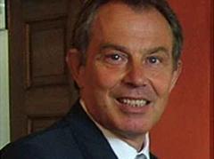Blair kündigte den Bau neuer Atom-U-Boote an.