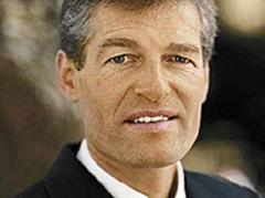 Heinz Karrer:  «Wenn das Ziel ist, dass wir zwei Ersatz-AKW in einer Abstimmung durchbringen, dann sollten wir an einem Strang ziehen.»