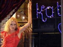 Wird Kate Moss nun doch wieder schwach?