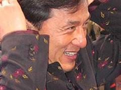 Singt auf Mandarin: Jackie Chan.