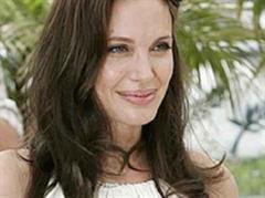 Angelina Jolie hat schon bald sechs Kinder.