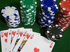 Josem ist der Meinung, dass man im Web weiterhin beruhigt Poker spielen könne.