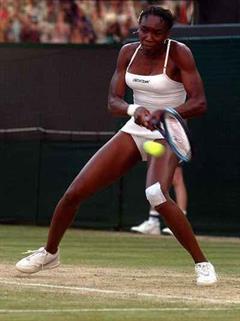 Venus Williams räumt in Wimbledon gnadenlos ab.
