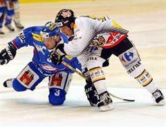 Zürichs Jakub Horak gegen Luganos Corey Millen.