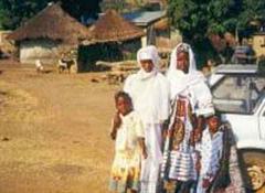 Gerade Frauen und Kinder leiden unter den Auseinandersetzungen in Elfenbeinküste.