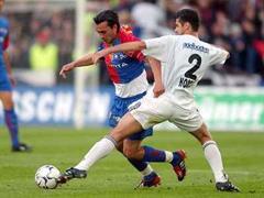 Hakan Yakin bleibt dem FC Basel erhalten.
