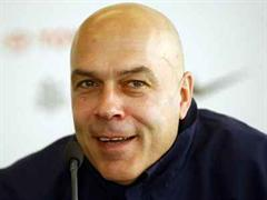 Christian Gross, dem Trainer des FC Basel, haben wichtige Informationen über den Gegner gefehlt.