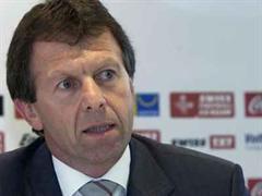 Edmond Isoz, Direktor Swiss Football League.