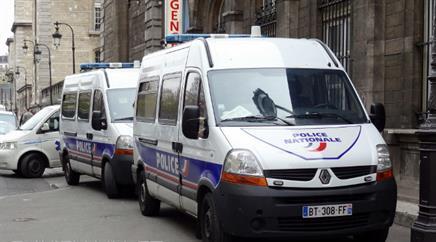In Frankreich wurden die Sicherheitsmassnahmen für Polizisten und Feuerwehrleute landesweit verschärft. (Symbolbild)