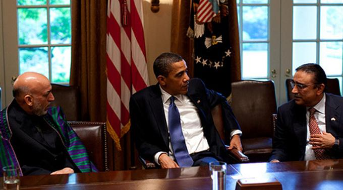 Beraten sich: Barack Obama, Hamid Karzai und Asif Ali Zardari.