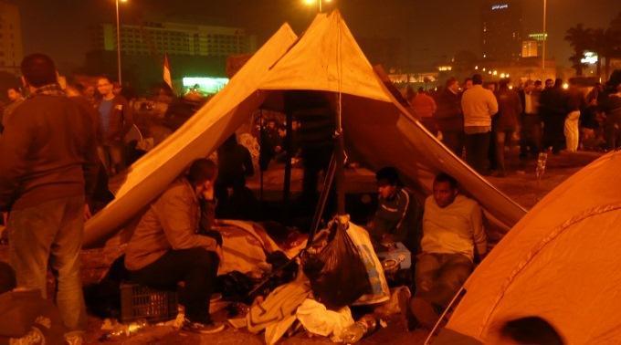 Ausharren bis das Unrechtsregime weg ist: Demonstranten in Kairo