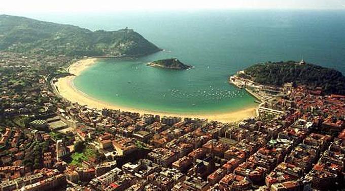Donostia-San Sebastián liegt im Baskenland.