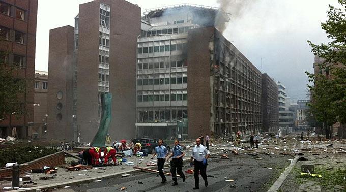 Eine Szene direkt nach der Detonation.