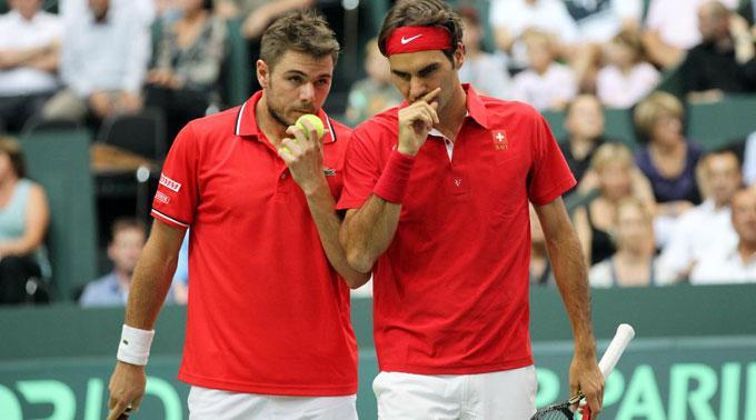 Stanislas Wawrinka und Roger Federer.