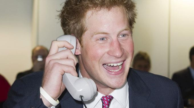 Prinz Harry kümmert sich um Kate.
