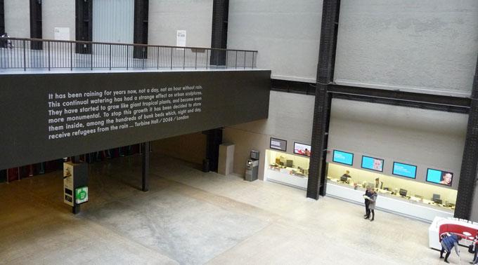 Eingangshalle des Tate Modern.