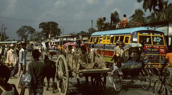 Bangladesch: Arbeitsbedingungen am Pranger - Einsturz bringt Imageschaden mit sich. (Archivbild)