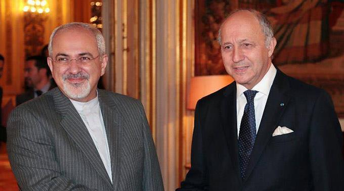 Irans Aussenminister Mohammed Dschawad Sarif mit Frankreichs Aussenminister Laurent Fabius.