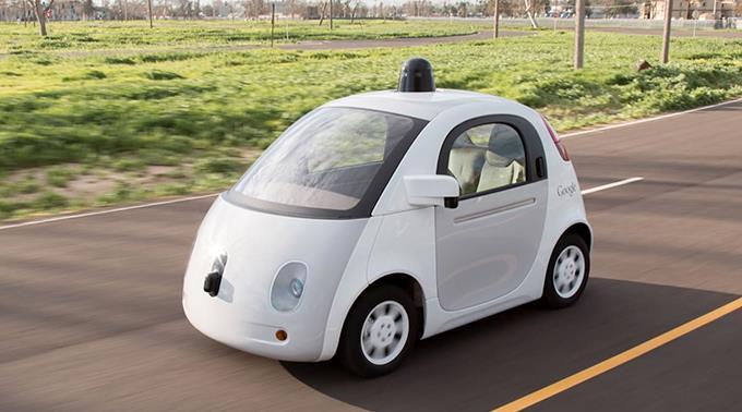 Prototyp eines selbstfahrendes Google-Autos.