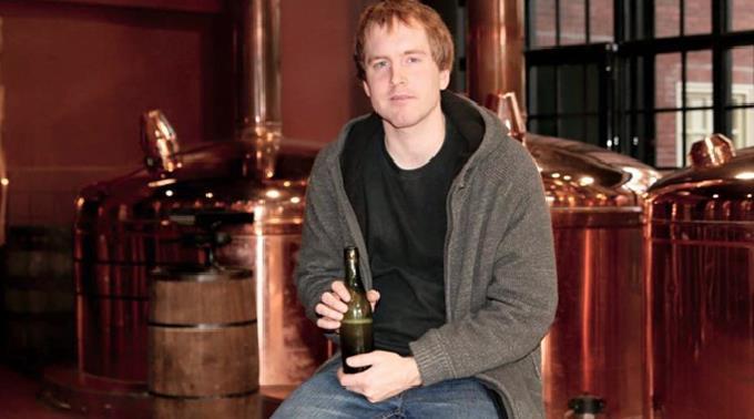 Jon Crouse fand das Bier bei einem Tauchgang.